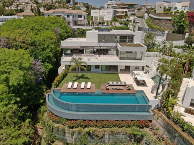 Brand-new-six-bedroom-villa-for-sale-with-sea-and-golf-views-Marbella-West-DJI-430-low