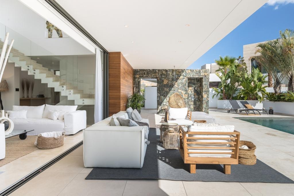 villa 119 Ext terrace East HR Sept 2019