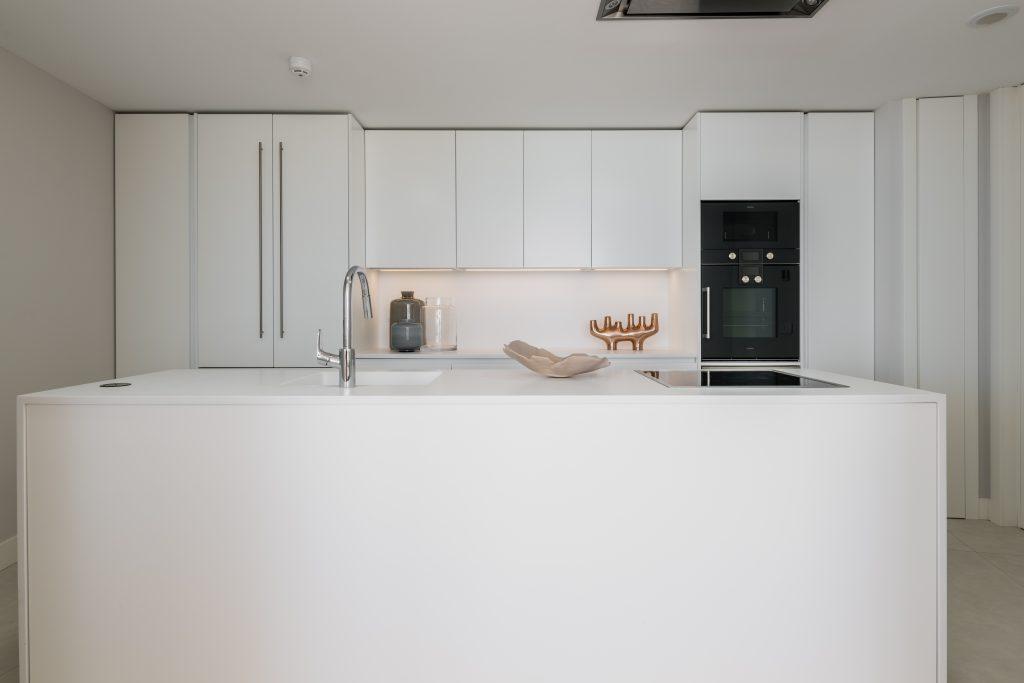 The-Edge-·-NVOGA-Developments-FG-Open-plan-Kitchen-15-1024x683